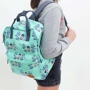����� SQUARE BACKPACK 4��